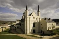 Pixim-Abbey-fontevraud-abbey-of-berwin-800-73718-3