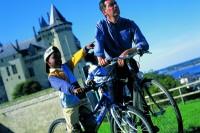 Pixim-castle-Saumur-family-800-72246-3
