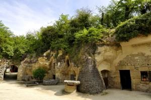 Troglo village of Rochemenier