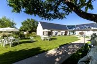 Pixim-restaurant-inn-welcome-gifted-the-fountain 49-the-garden-83322-2
