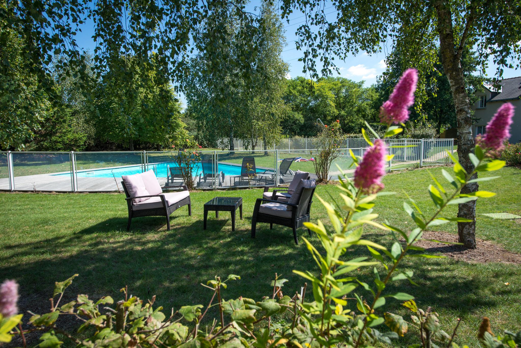 Doué-la-fontaine hotels near Saumur and Angers